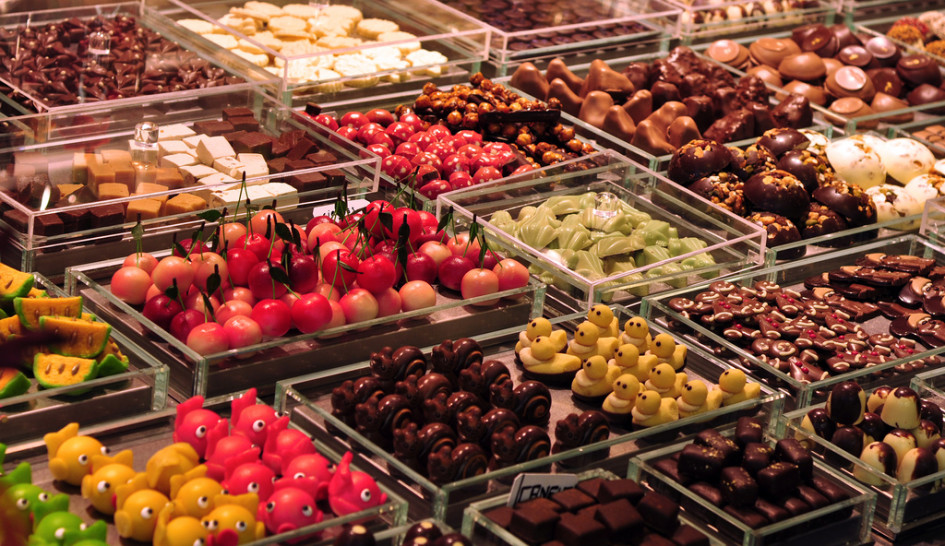 Enjoy self-catered dessert from La Boqueria in the comfort of your Barcelona hotel for a sweet finish to a sweet day.